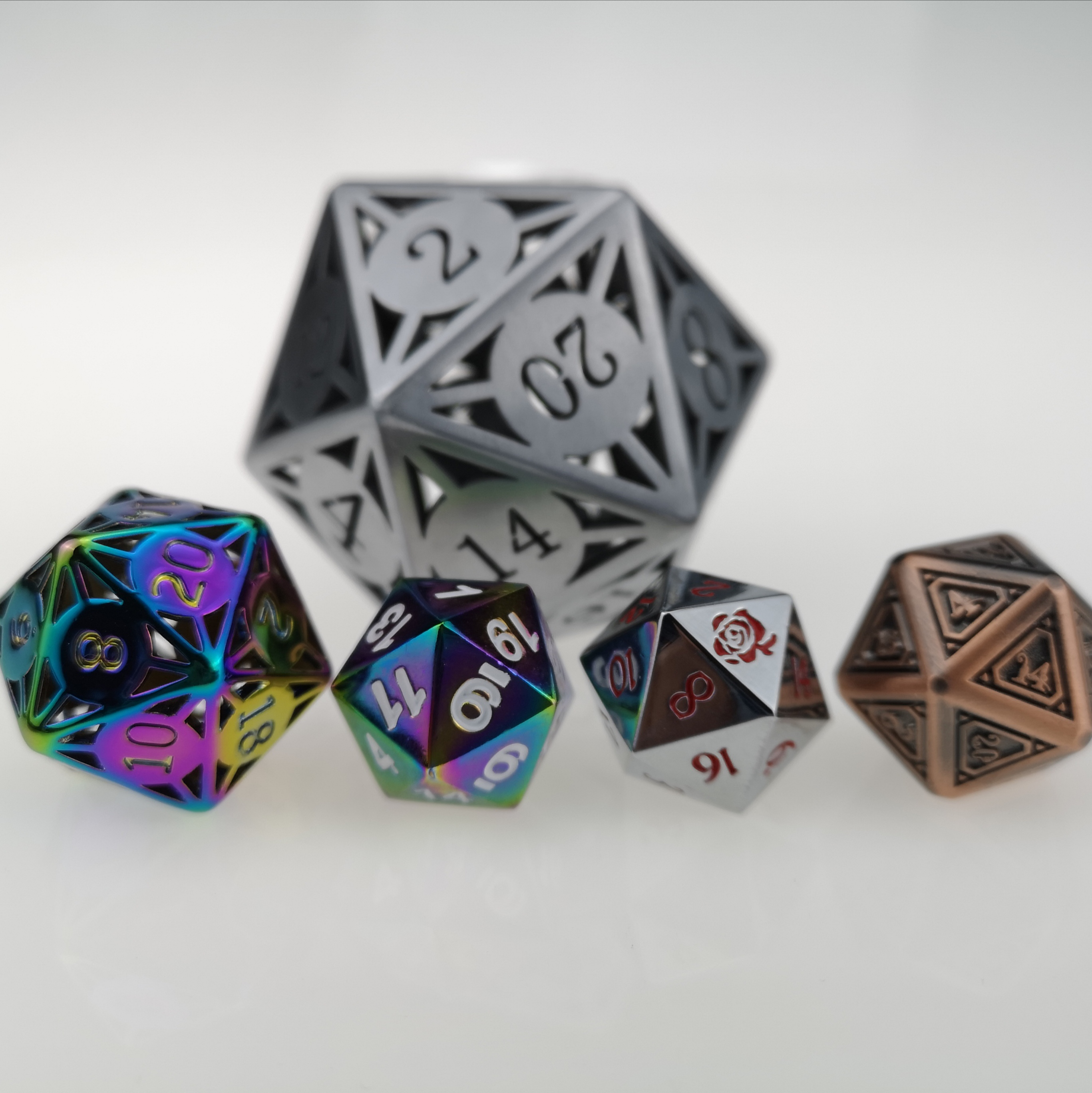 Rollooo 20 Sided Dice Collection Single Metal D20 Rainbow Hollow Jumbo Custom Logo Special Font Die For RPG DND MTG Games