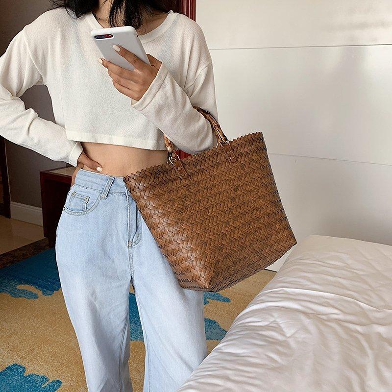 Beautiful Straw Travel Bags
