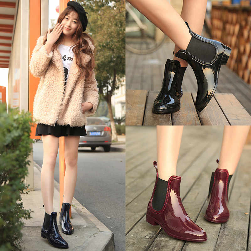 Nuevos zapatos de goma para mujeres Botas de lluvia para niñas señoras que caminan a prueba de agua PVC mujeres botas de invierno mujer tobillo Botas de lluvia tamaño 36-41