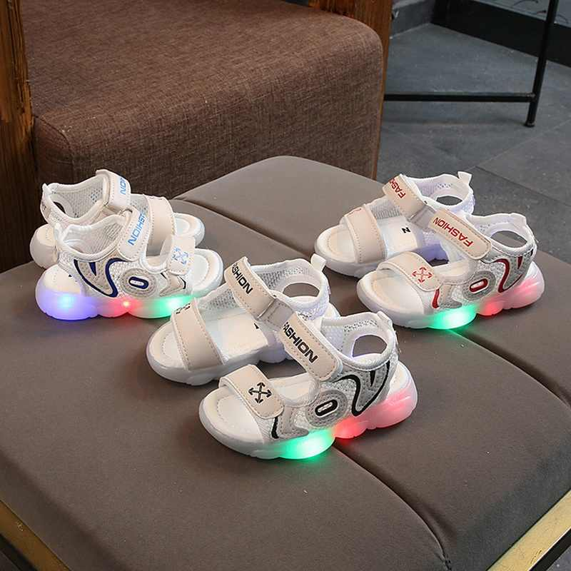 Çocuklar aydınlık sandalet kızlar için erkek kadın ayakkabı ışık LED ayakkabı aydınlık taban parlayan Sneakers LED ayakkabı boyutu 21-30