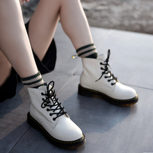 купить Artmu White Martin Boots British Style Women Boots Thick Sole New Handsome Ankle Boots Leather Lace-up Round Toe Handmade Shoes по цене 4347.51 рублей