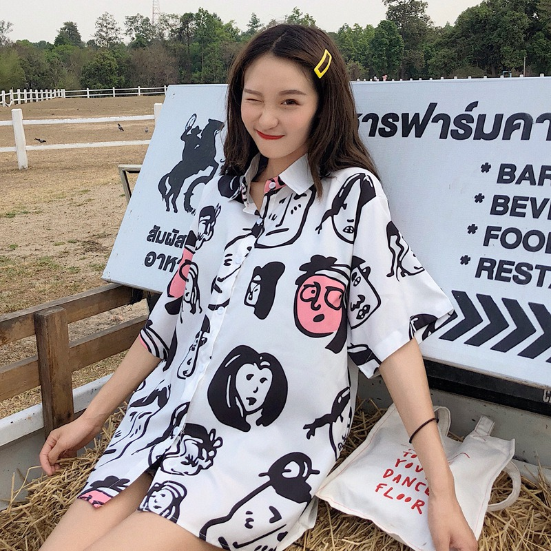 2019 Korean Style Blusas Mujer De Moda Cartoon Face Print Turn-down Collar Shirts Tops Button Loose Blouse Women