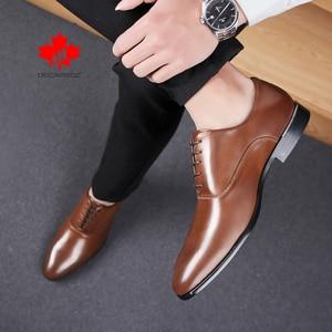 Zapatos de vestir con cordones para hombre, calzado Formal, negocios, oficina, cuero de moda, boda, 2020