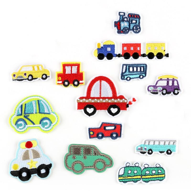 Cartoon Autos Patch für Kleidung Eisen auf Bestickt Zug Applique Nette Nähen Auf Streifen Stoff Abzeichen DIY Bekleidung Zubehör @ G