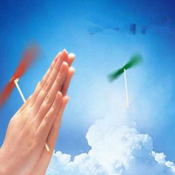 Youe świeciło plastikowe helikopter Hopter bambusowe ważki latające klasyczne tradycyjne dzieci outdoorToys dziecko gra spiralne strzały tanie i dobre opinie GWOLVES Z tworzywa sztucznego 3 lat Bamboo Dragonfly Unisex Długi Zestaw can t eat