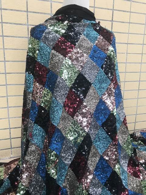 Modna cekinowa koronka tkanina SYJ 32282 na imprezową sukienkę ładnie wyglądający materiał tiulowy wyszywany