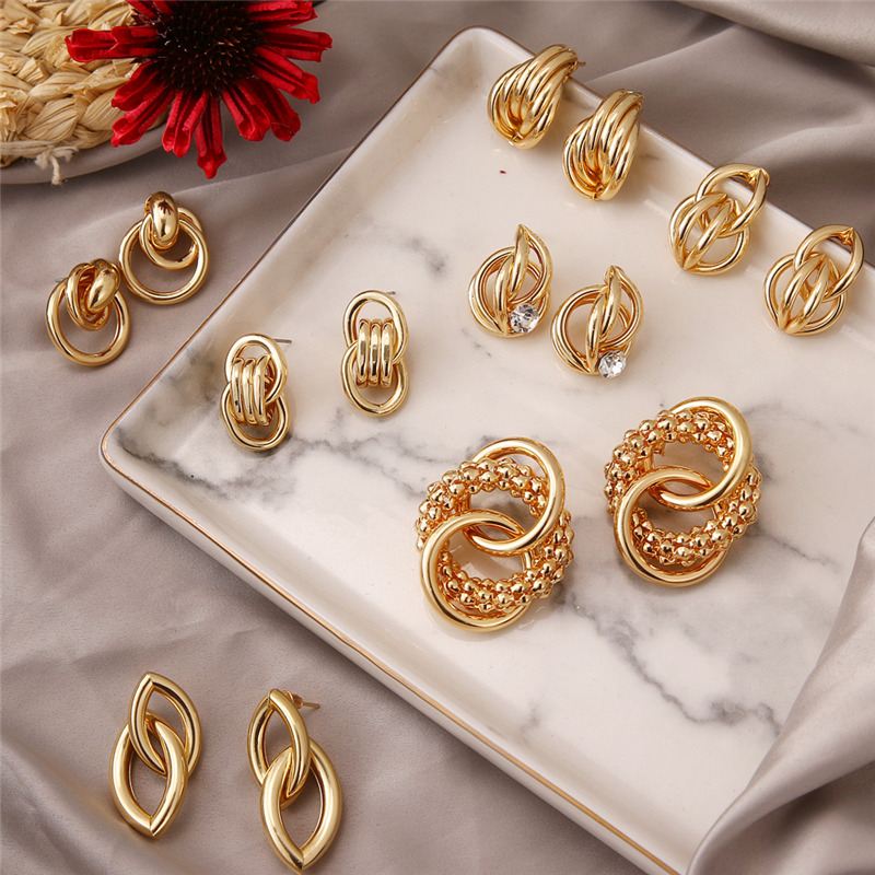2020 Hot Fashion Statement Earrings Gold Color Round Cross Geometric Earrings For Women High Quality Stud Earrings Trend Jewelry