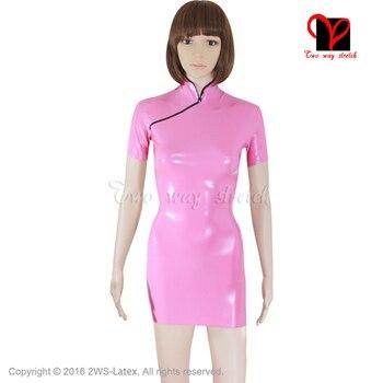 Sexy Rosa vestido de látex Oriental de goma China muñeca traje de mangas cortas Cheongsam Gummi mandarín lado vestido ceñido dividido más QZ-014