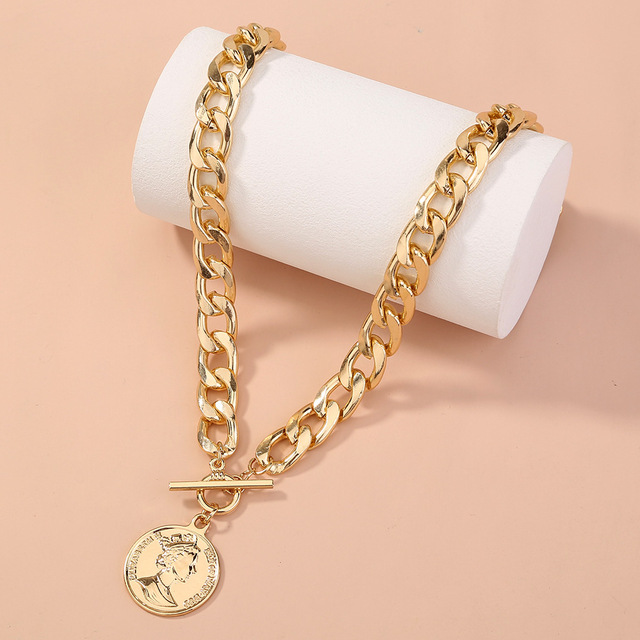 Thick and pretty chain necklace with coin pendant 5