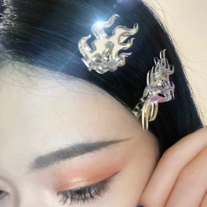 AOMU 2020 New Ethnic Punk Metal Silver Color Flame Dart Hair Claw Hairwear Vintage Trend Acrylic Hairpins for Women Rock Jewelry
