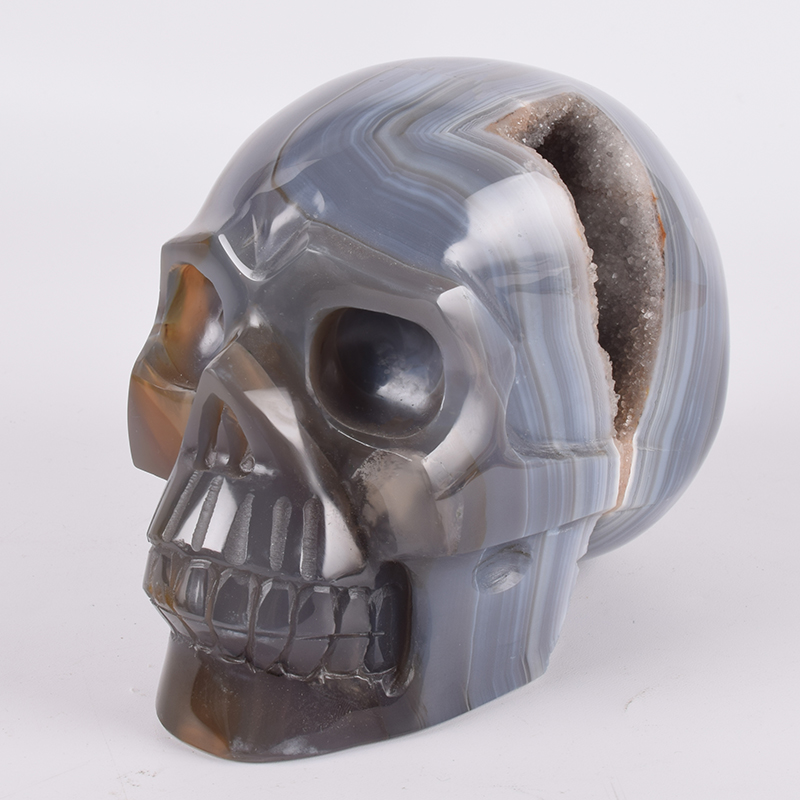 Unique Hand-Carved Agate Skull Only This One Piece  2042 G 6