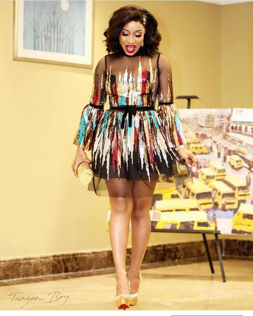 Sukienki afrykańskie dla kobiet cekiny szata Africaine 2019 ubranie afrykańskie Dashiki modne tkaniny sukienka odzież z afryki