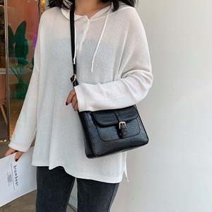 Image 4 - حزام مصمم بولي Leather حقائب جلدية Crossbody للنساء 2020 الكتف حقيبة بسيطة سيدة حجر نمط حقائب السفر ومحفظة