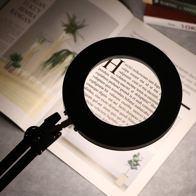 Foldable 5/8X Illuminated Magnifying Glass USB For Paint By Numbers Artists