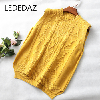 LEDEDAZ Argyle Sweater Vest Women Casual Korean O Neck Pullover 2020 Autumn Winter Loose Twist Patten Knitted Tops Oversized 1