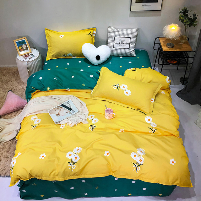 Solstice Bedding Set Daisy Flowers