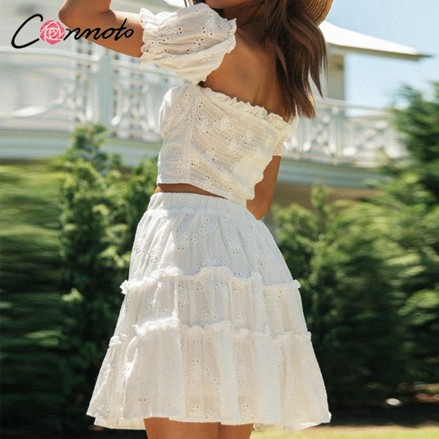 Conmoto Roman holiday style two pieces ruffled women set summer Romantic puff sleeve top and embroidery skirt Bow sash slim suit 3