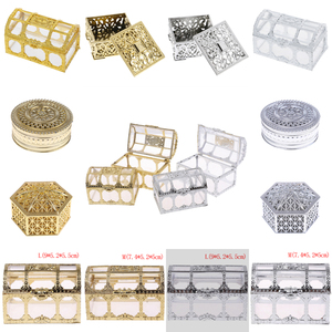 1PC Creative Plastic Candy Box Wedding Vintage Candy Boxes Chocolate Gift Treat Boxes Wedding Party Favor Hollow Gold Silver Box