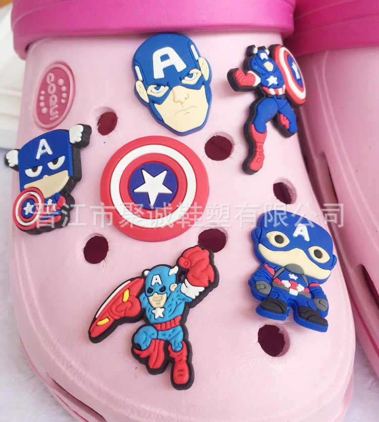 1 個スーパーヒーロースパイダーマンミニースーパーマリオ靴の魅力アクセサリー子供のためのクロコ装飾jibzバックルフィットバンドギフト