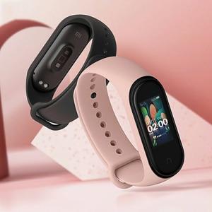 Image 5 - Влагостойкий смарт браслет Xiaomi Mi Band 4, спортивный трекер Bluetooth, 3 цвета, дисплей AMOLED