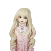 купить BJD doll hair wigs for 1/3 1/4 1/6 BJD DD SD MSD YOSD doll High-temperature wire long champagne milk golden hair wigs по цене 831.73 рублей