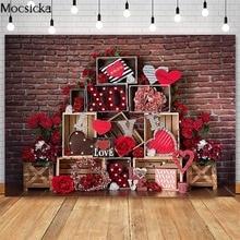 Mocsick sevgililer kırmızı tuğla duvar fotoğraf arka planında kırmızı gül çiçek aşk dekor fotoğraf kabini arkaplan fotoğraf stüdyosu
