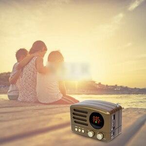 Image 4 - المحمولة بلوتوث راديو FM AM دليل مع هوائي البسيطة USB شحن المحمولة خفيفة الوزن عالية حساسية TF فتحة للبطاقات رئيس