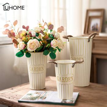 Żelazo w stylu Vintage wazon mlecznobiałe doniczka przebudzenie wiaderko na kwiaty kreatywny metalowy wazon dla suszony kwiat do dekoracji domu tanie i dobre opinie CLASSIC Iron Blat wazon