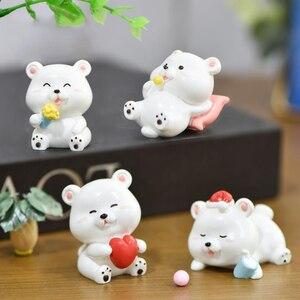 1 pieza nuevo gorro navideño de dibujo animado pequeño blanco oso helado oso Micro paisaje decoración figura juguetes para niños niña regalo