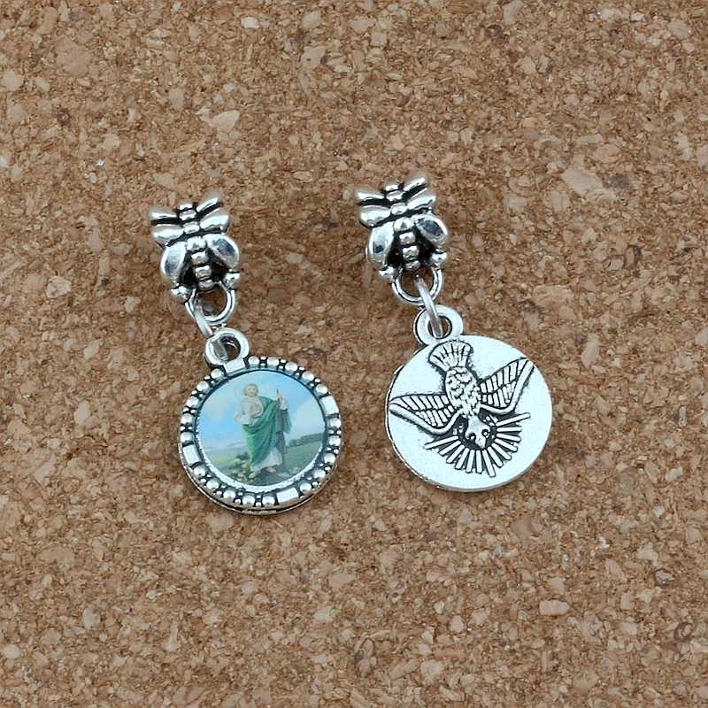 22 sztuk okrągły jezus chrystus ikona srebrny wisiorek koralik pasuje bransoletka z wisiorkiem naszyjnik DIY biżuteria religijna prezent na boże narodzenie 13x28mm A-572