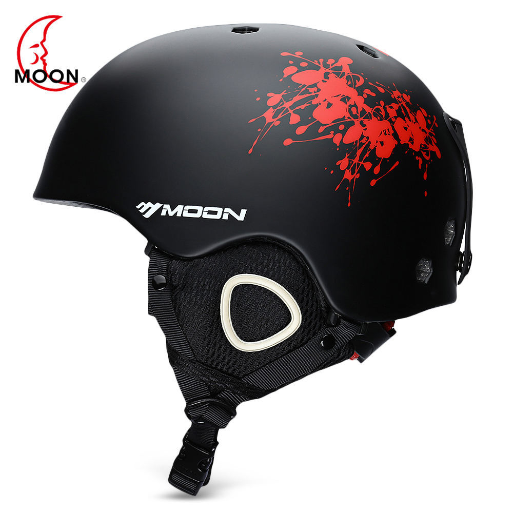 MOON Outdoor Integrated Skiing Helmet With Adjustable Strap Air Vent Sports Helmets For Cycling Skating Skiing