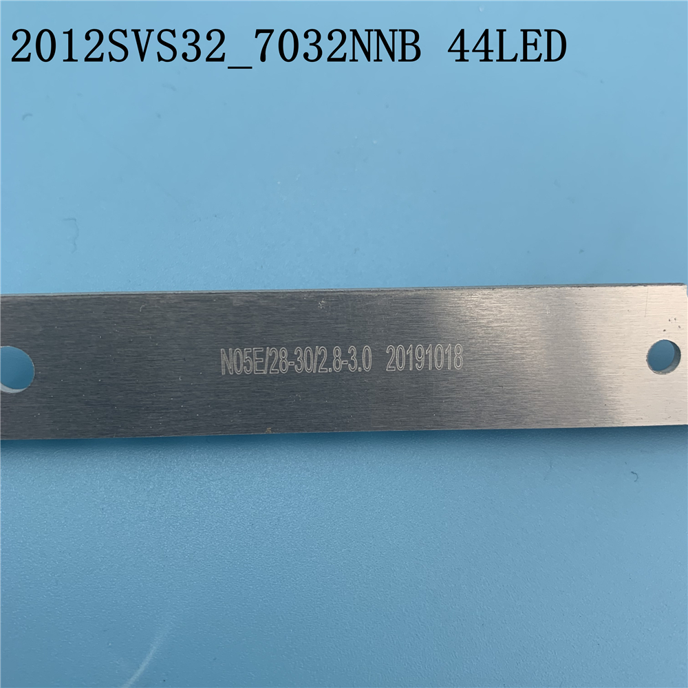 Image 5 - 44LED*3V New LED Strip 2012SVS32 7032NNB 44 2D REV1.0 For Samsung V1GE 320SM0 R1 UA32ES5500 UE32ES6100 UE32ES5530W UE32ES5507Light Beads   -