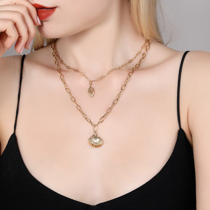Bohemian Multi Layered necklace women Vintage Portrait Coin shell Pendant Necklace Geometric Stainless Steel Thick necklace