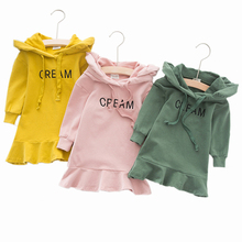 купить 2019 Spring Autumn Long Sleeve Hooded Baby Girls Dress Fashion Embroidered Ruffle Princess Dress Cotton Kids Dresses For Girls дешево