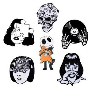Комплект с черепом на Хэллоуин, черная короткая эмалированная булавка для девочки, панк, готика, Женская Брошь для лица, отворот, булавки для...