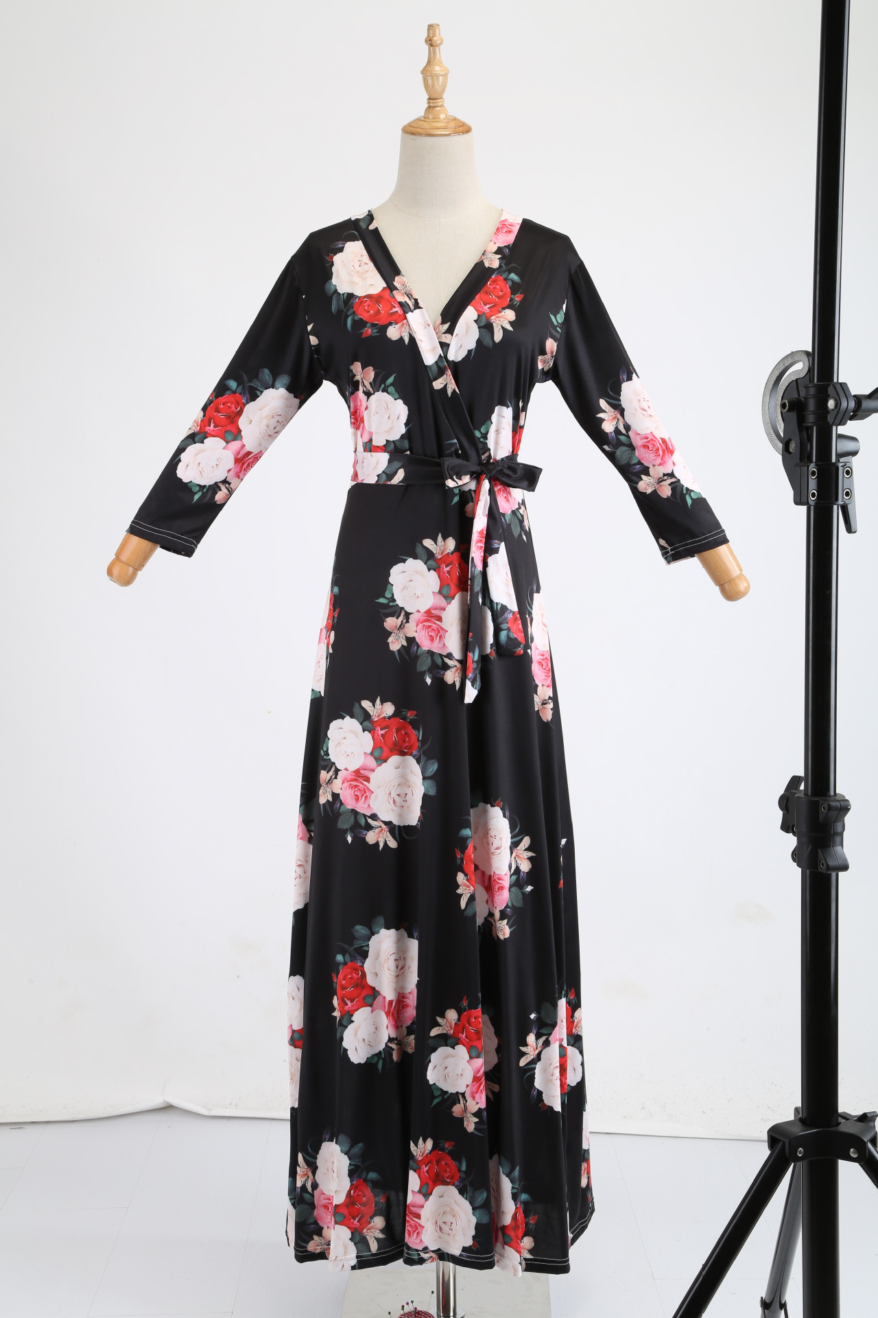 H27fe303e900246809a1d15cf3f4111a1A - Oufisun Spring Sexy Deep V Neck Women's Dress Bohemia Tunic Maxi Dresses Elegant Vintage Flowers Print Dress Vestidos Plus Size