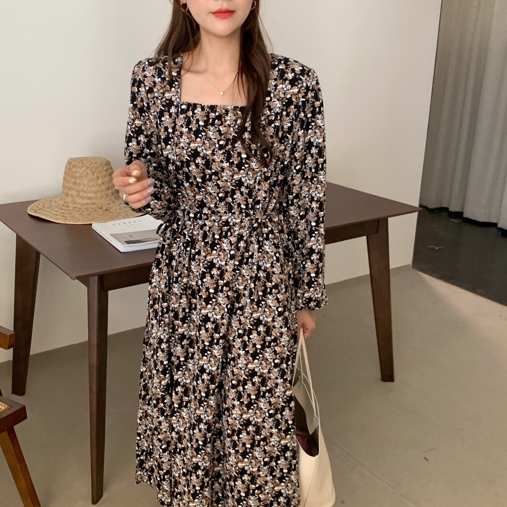 H28049853380c4464ad69db7d439b6d19l - Autumn Square Collar Lantern Sleeves Floral Print Midi Dress