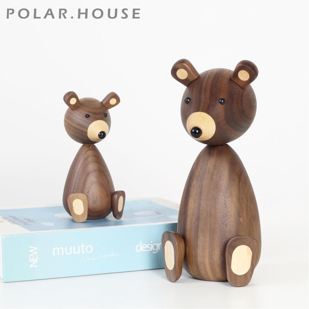 Wooden Brown Bear Figurines Nordic Fashion Designs Wood Carving Dolls Animal Crafts Gifts Home Decoration Accessories