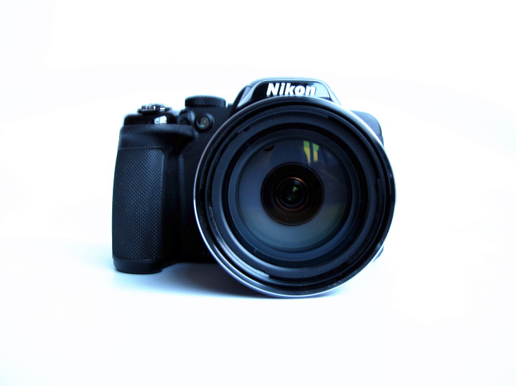USED Nikon COOLPIX P530 16.1 MP CMOS Digital Camera With 42x Zoom NIKKOR Lens And Full HD 1080p Video