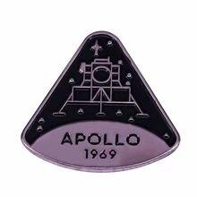 Spilla programma di atterraggio lunare la commemorazione spilla smaltata dura distintivo spaziale 51 anni fa: Apollo 11 preparati nell'aprile 1969