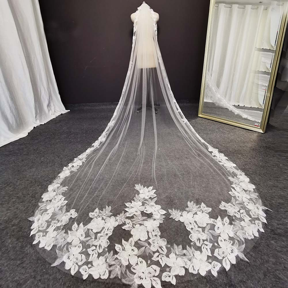 Beautiful Flower Lace Wedding Veil 3 Meters 1 Layer Soft Tulle Cathedral Ivory Bridal Veil with Comb Wedding Accessories