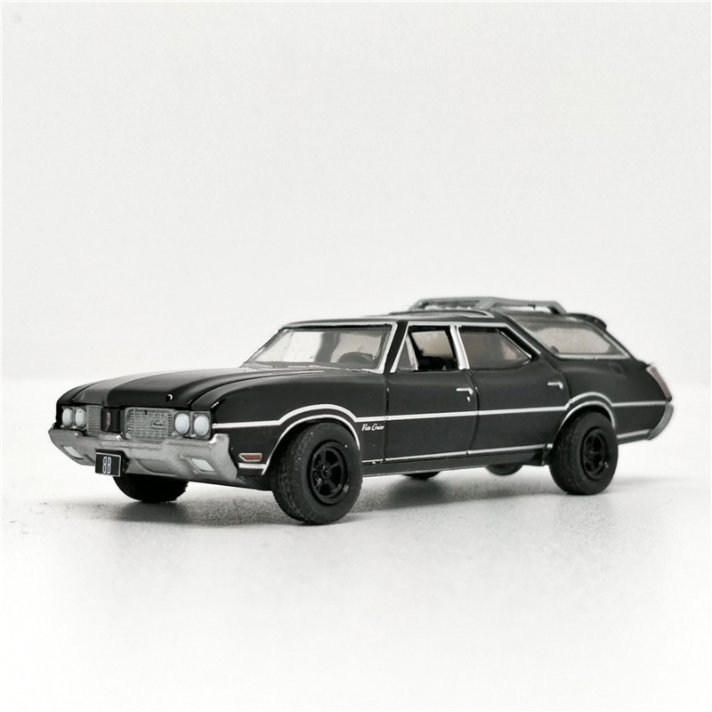 Greenlight 1:64 Oldsmobile Vista Cruiser 1970 Black Black Bandit No Box