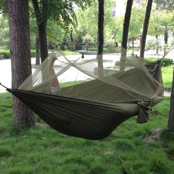 1-2 osoba przenośny odkryty hamak kempingowy z moskitierą o wysokiej wytrzymałości tkanina na spadochron wiszące łóżko polowanie śpiąca huśtawka tanie i dobre opinie Camping Hammock Meble ogrodowe Dwie osoby S16114143 IHM06 Dorosłych 250*130cm 260*140cm Camping hammock For Outdoor 200KG