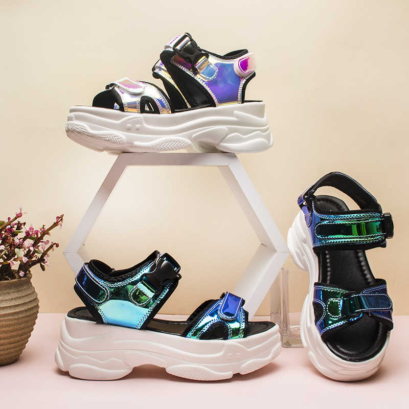 Fujin di Marca Sandali Delle Donne 2020 Nuove Signore di Modo Scarpe Casual Cunei delle Donne Fibbia Cinghia Pattini Della Piattaforma 5 CENTIMETRI Estate sandali