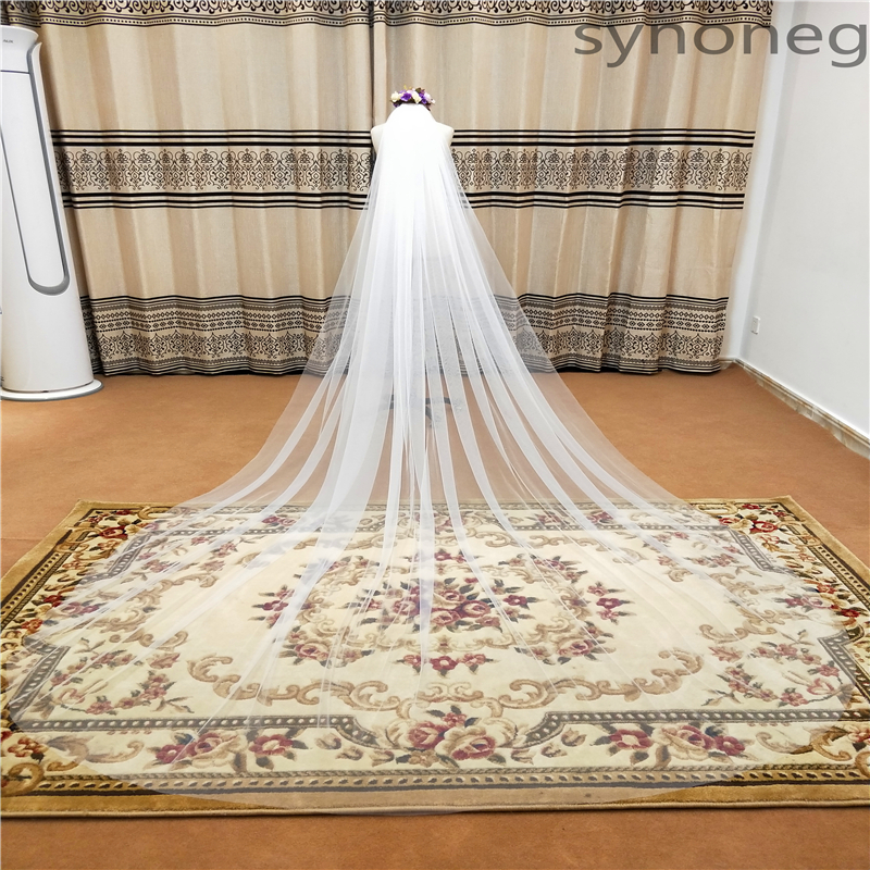 Physical Picture Elegant Wedding Veil 3 Meters Long Soft Bridal Veils With Comb White 1 Layers Ivory  Color Bride