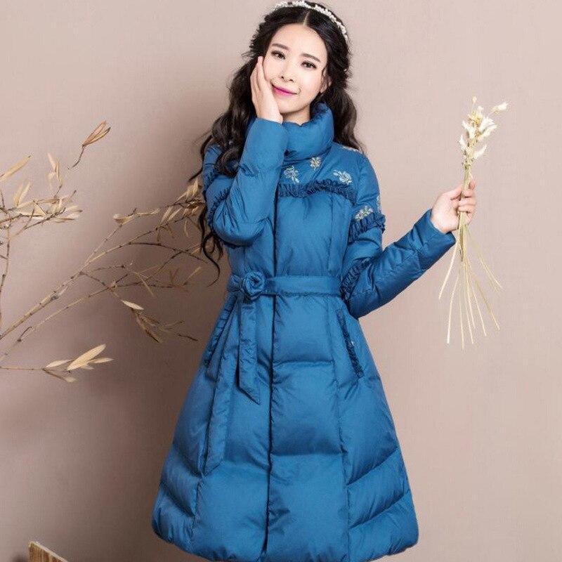 In de winter 2017 nieuwe vrouwen temperament cultiveren moraal geborduurde riem lange donsjack light string - 4