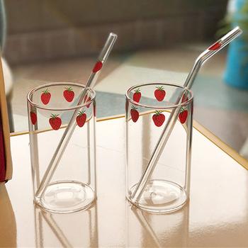 300ML truskawka śliczne Nordic szklany kubek kreatywny przezroczysta woda kubek uczeń mleko szkło odporne na ciepło strona główna kubek do picia tanie i dobre opinie ROUND Ce ue Wielu kolor Ekologiczne HKIT3146 Strawberry Glass Cup strawberry watermelon poached egg cat claw Milk Heat Resistant Glass