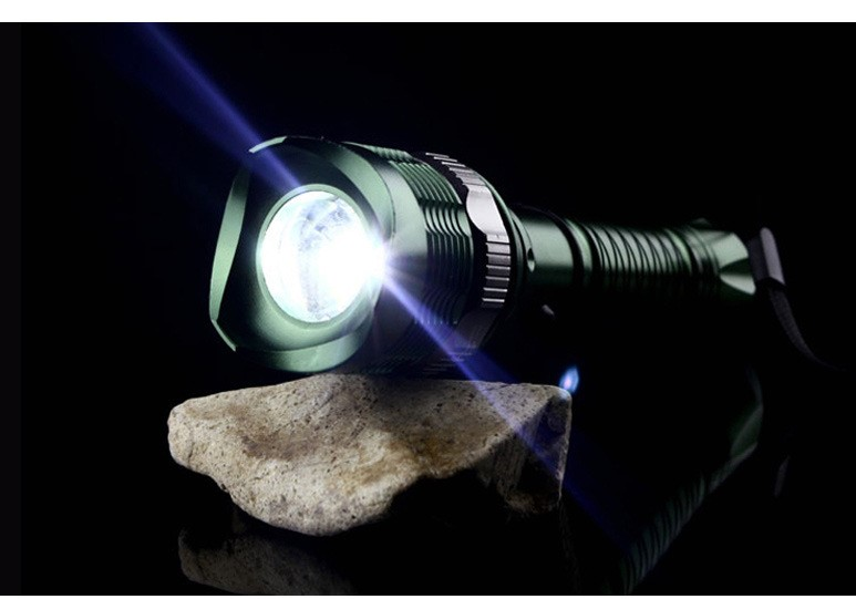 Led Flashlight Ultra Bright Torch Focusing Zoomable Outdoor Camping  Use 18650 Battery