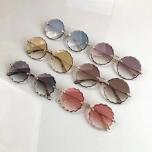 Design de luxo óculos de sol moda feminina com pérola redonda vitnage flor óculos de sol praia festa ce142 oculos de grau