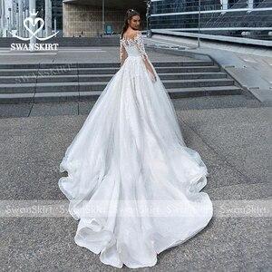 Image 2 - Swanskirt אפליקציות חתונת שמלת 2020 ארוך שרוול תחרה עד כדור שמלת קפלת רכבת נסיכת הכלה שמלת F117 Vestido דה Noiva